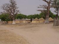 Entrée du village de Ndoss