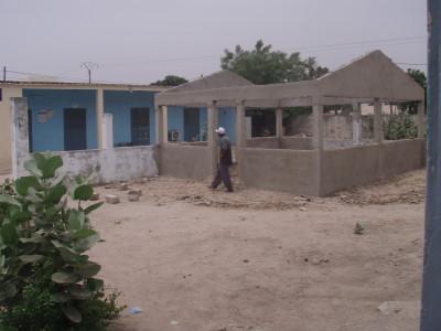 La construction de la salle d'attente de la materinité de Passy